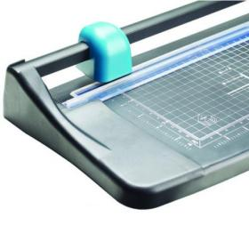 Avery Photo and Paper Trimmer 315mm Cutting Length 5 Sheet Capacity A4 TR002
